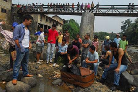 PT Investasi Film Indonesia 2