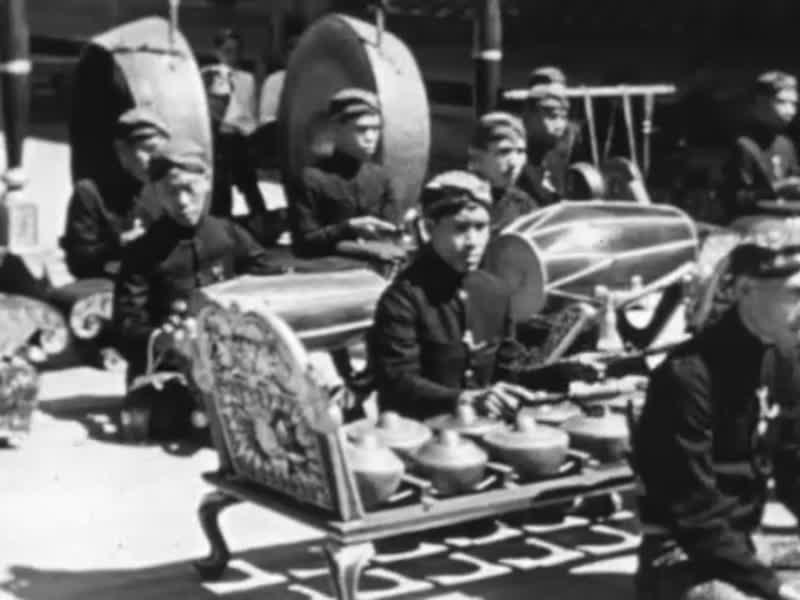 HINDIA-BELANDA-SEBELUM-1942-08