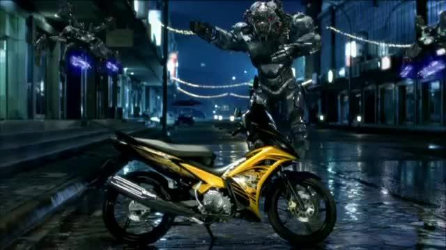 Yamaha-Komeng-Vs-Alien