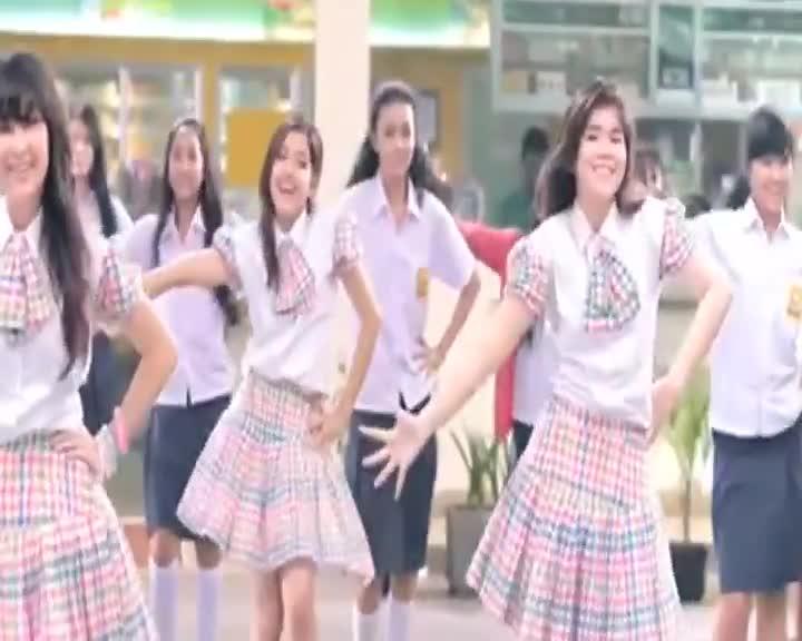 Rexona-Eksis-Abis-Confi-Dance-Competition-Promo