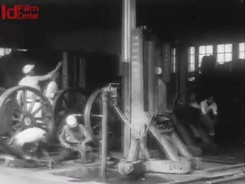 Di-Tempat-Kerja-Kereta-Api-Pemerintah-Di-Bandung