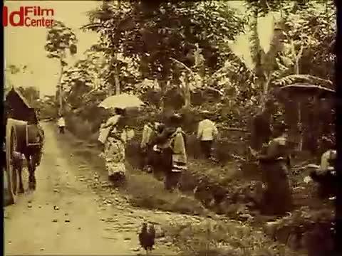 Rekaman-Koepok-di-Desa