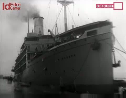 Kembalinya-Wakil-Dari-Laksamana-Helfrich-Ke-Hindia-Belanda