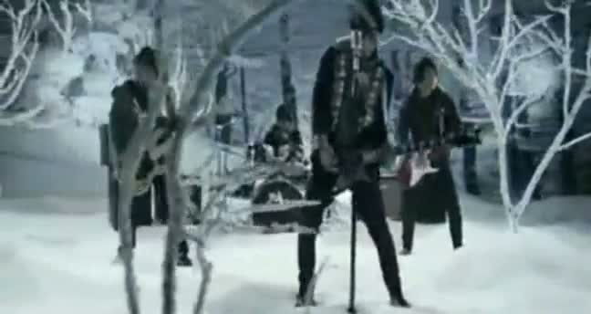Salju-Band-Selamat-Tinggal