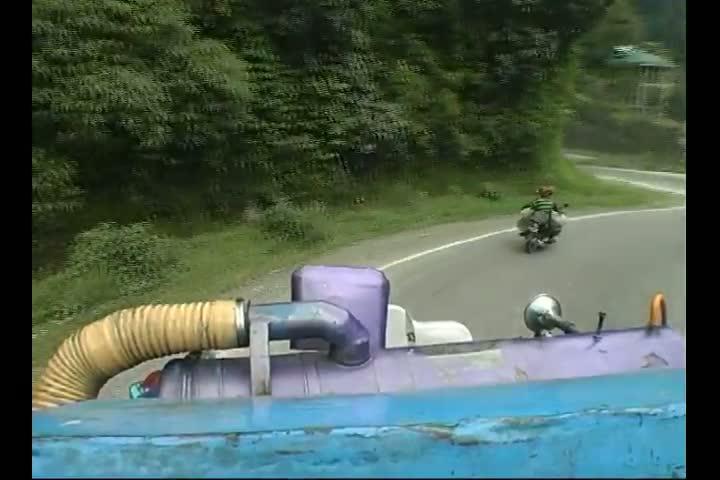 Rute-Menantang-Bahaya-Subtitel-Bahasa-Indonesia