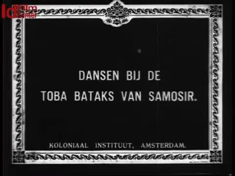 Tarian-Batak-Toba-di-Samosir
