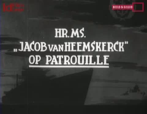 HrMs-Jacob-Van-Heemskerk-Berpatroli