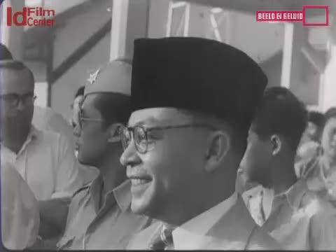 Keberangkatan-Delegasi-Indonesia-Untuk-KMB-Ke-Belanda