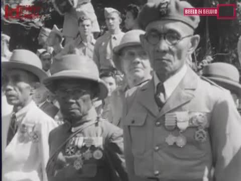 Parade-Marinir-Di-Surabaya-Pemboran-Oleh-Para-Marva