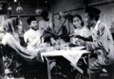 Mak Tjomblang 2