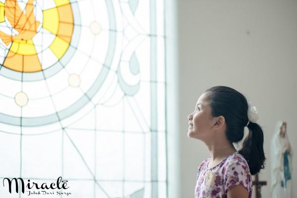Miracle: Jatuh Dari Surga 7
