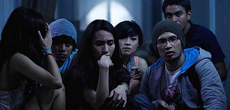 Pocong Jumat Kliwon 4