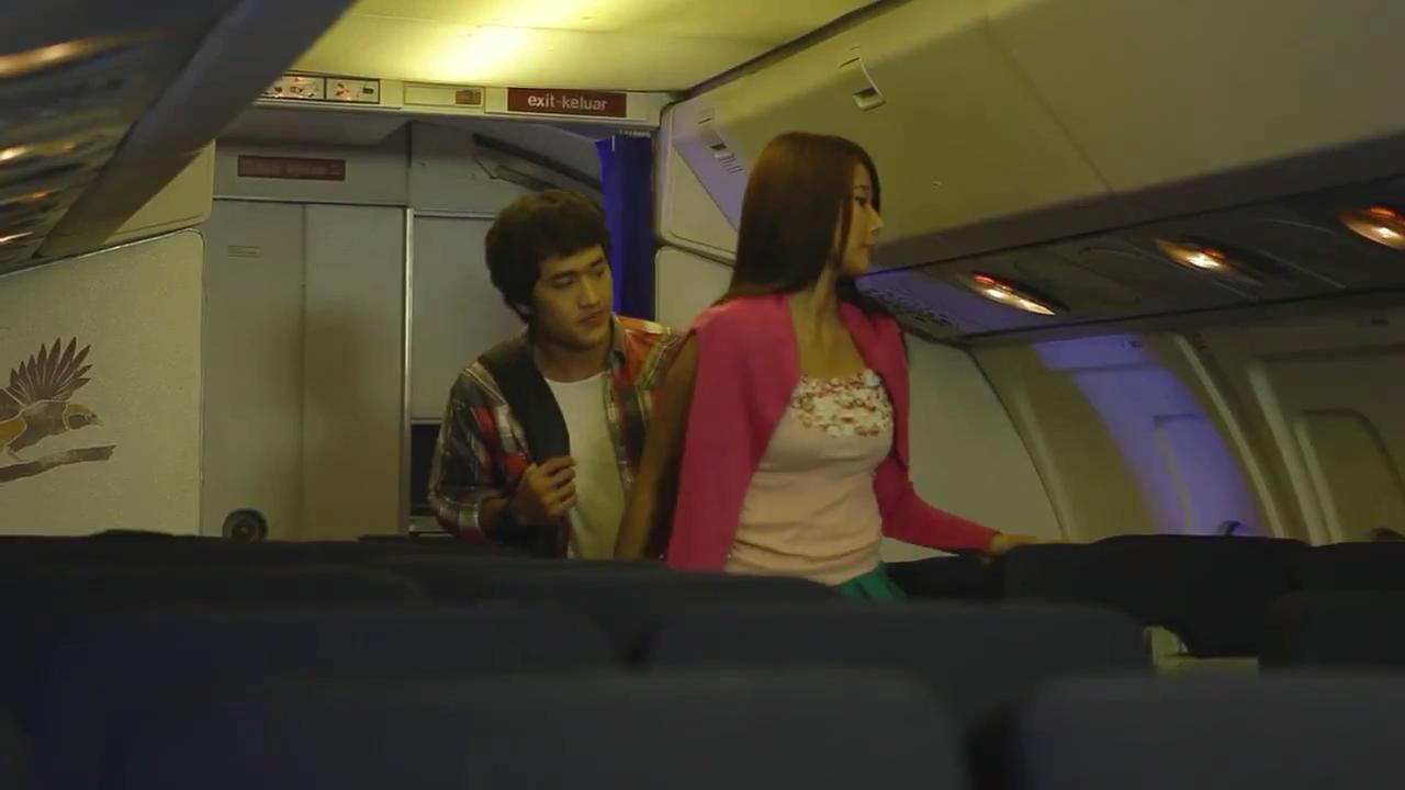 Tragedi Penerbangan 574 1