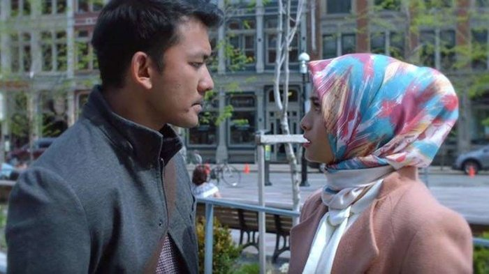 Hanum & Rangga: Faith & The City 2