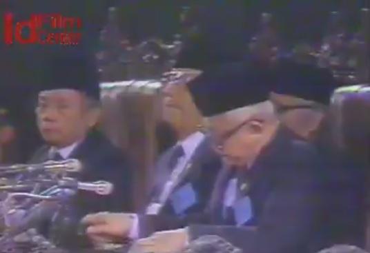 Laporan-Khusus-Jurnal-Sidang-Umum-MPR-RI-1988-Hari-ke-10
