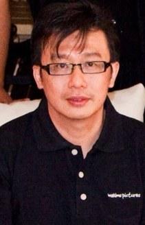 Yoen K.