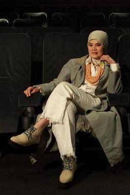 Dewi Yulia Razif