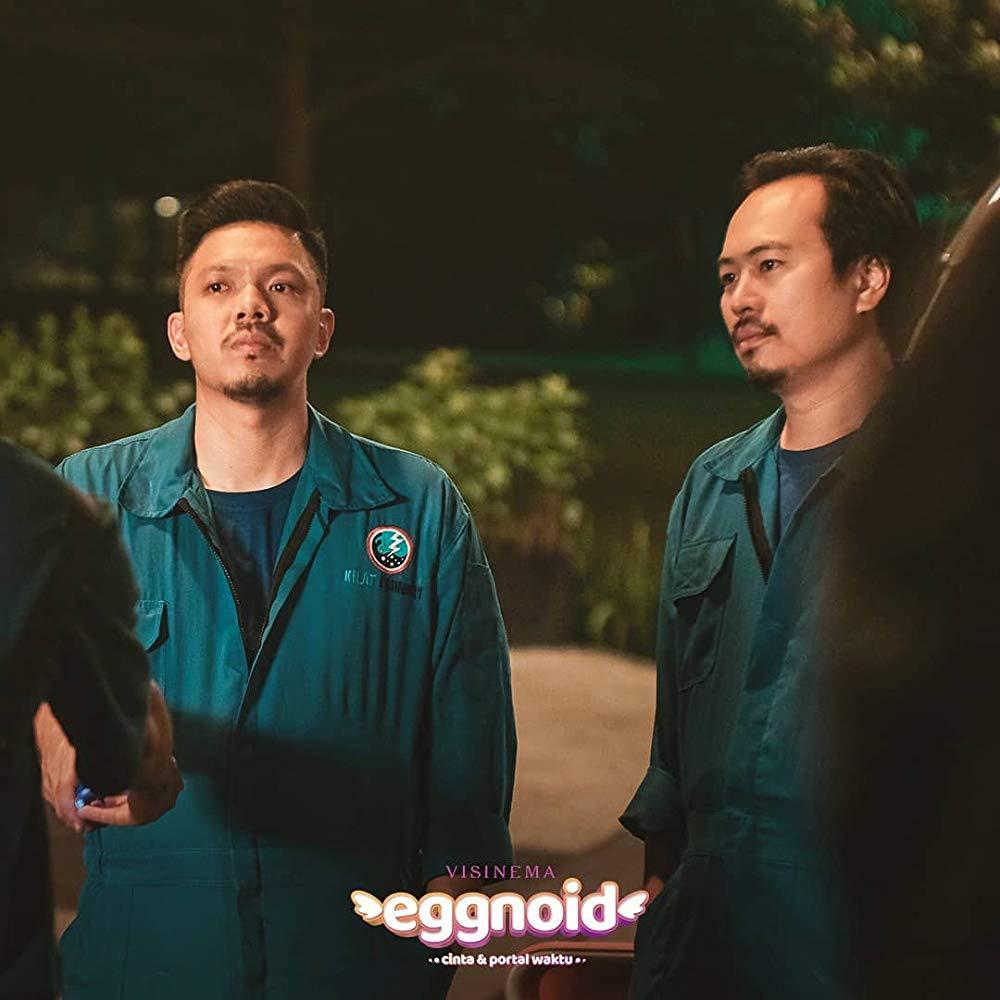 Eggnoid: Cinta & Portal Waktu 21
