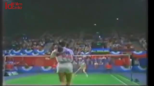 Full-FINAL-Susi-SUSANTI-vs-HUANG-Hua-All-England-1990
