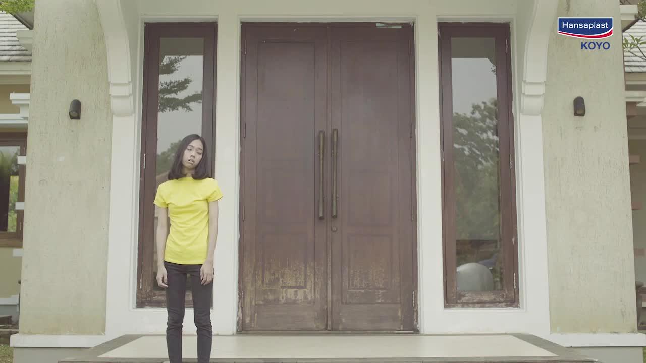 Hansaplast-Indonesia-Ayu-Galoyo-Nunggu-Agustus