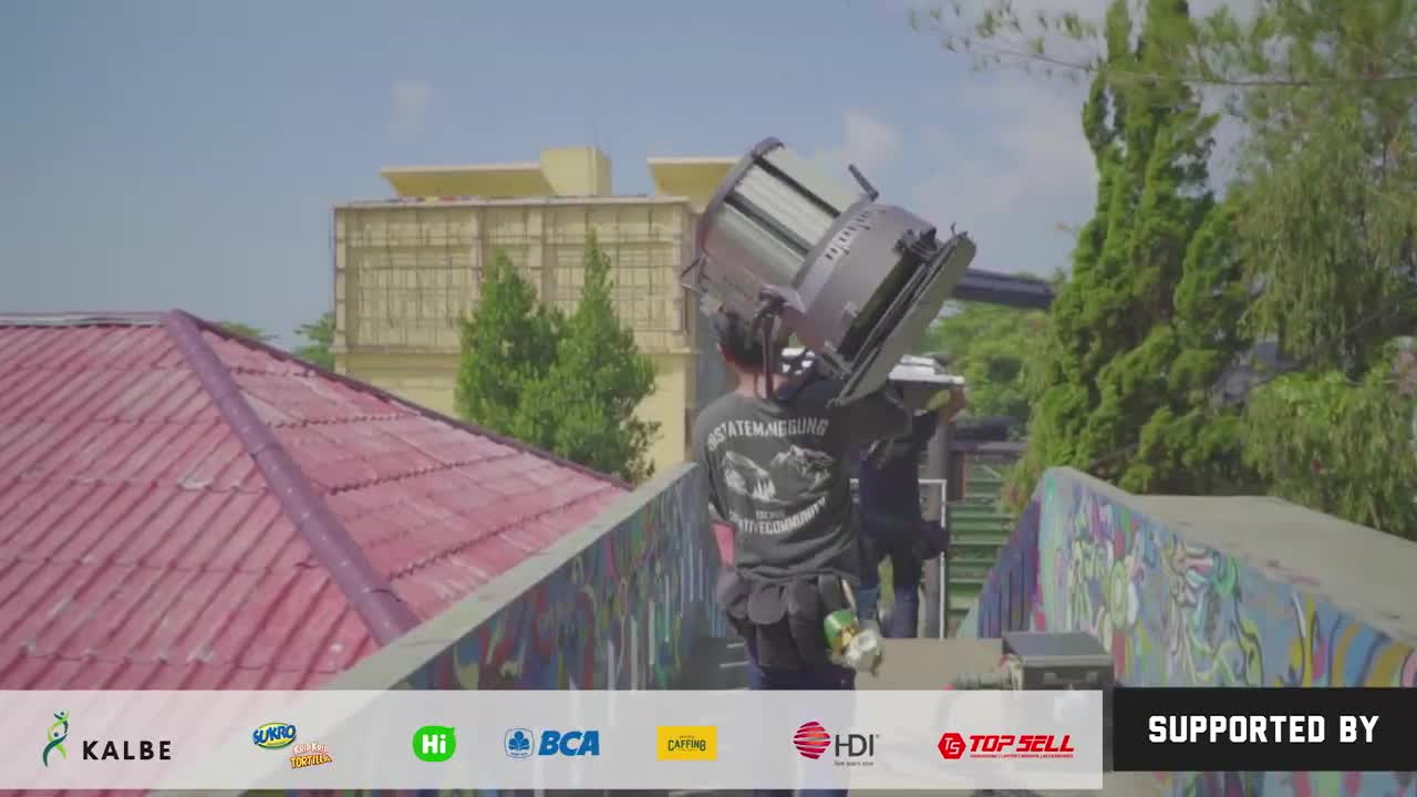 Anak-Garuda-Official-Behind-The-Scene