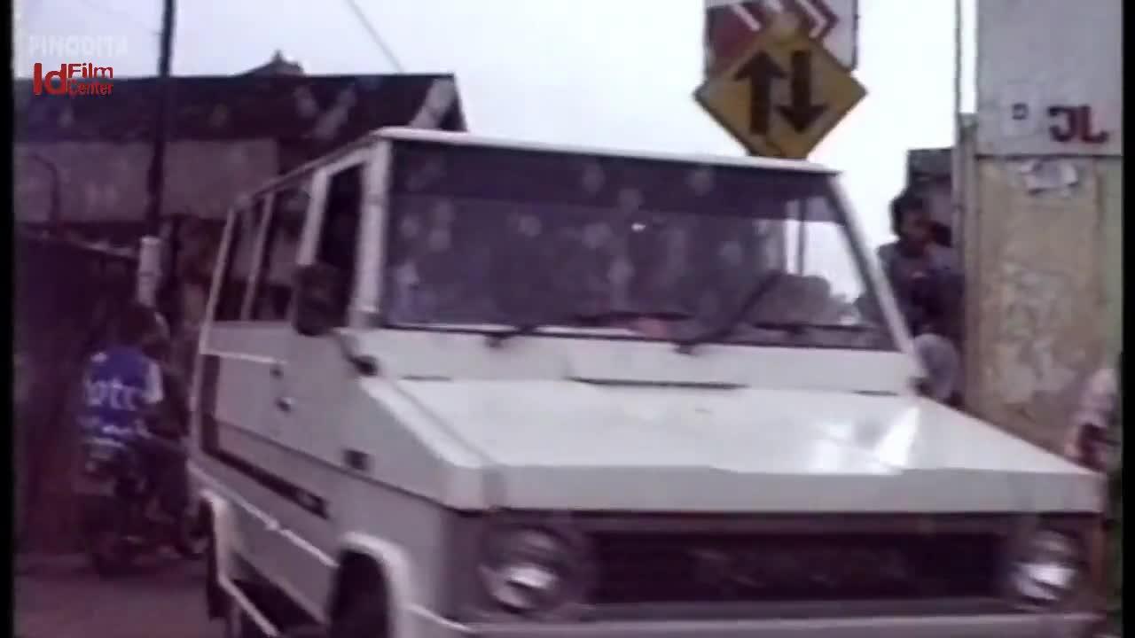 Stasiun-Gambir-1986